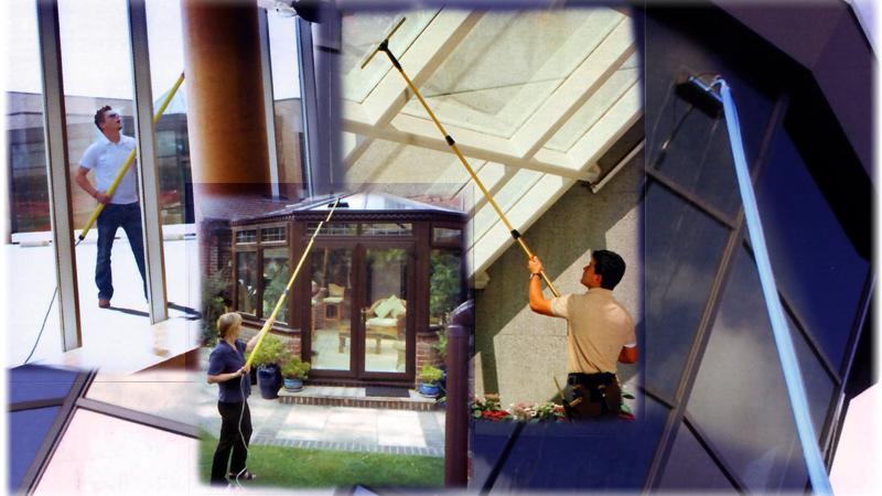Nettoyer des vitres en hauteurs ou impostes - Comment nettoyer des vitres ...